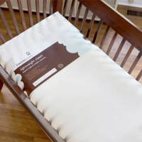no compromise organic classic lighweight baby crib mattress naturepedic crib.jpg