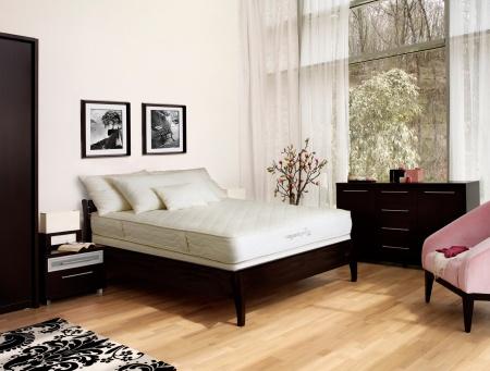organicpedic classic mattress bedroom omi.jpeg